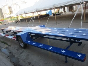 Nifty towable picnic tables