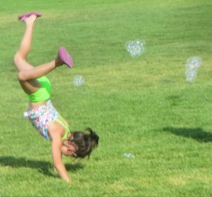 Cartwheels and bubbles !